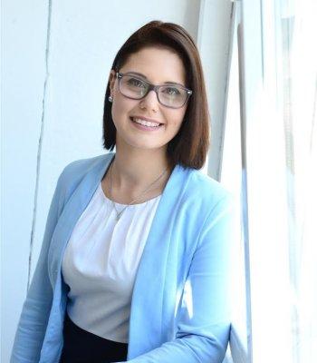 Gina Kuhr