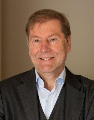 Prof. Dr. Gernot Barth