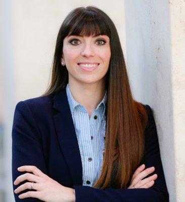 Naomi Schmitz